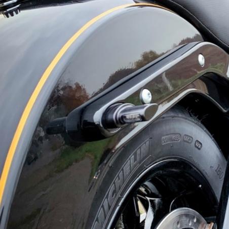 Micro-clignotants arrière noir à LEDs par Heinz Bikes