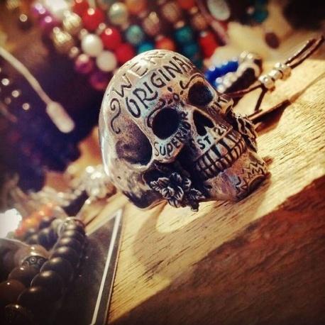Anneau Skull